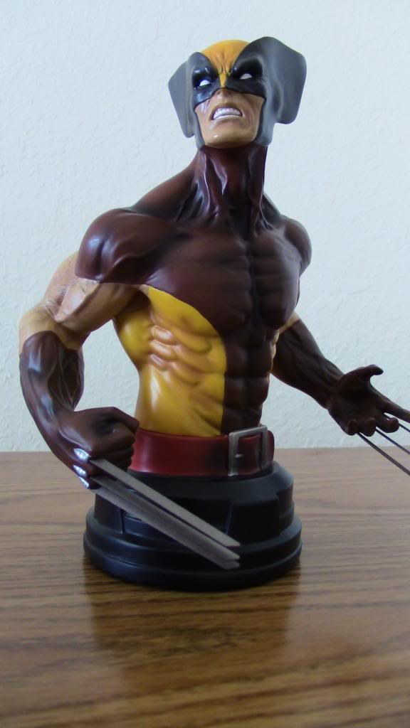 WOLVERINE BROWN MINI BUST 097_zpsced16259