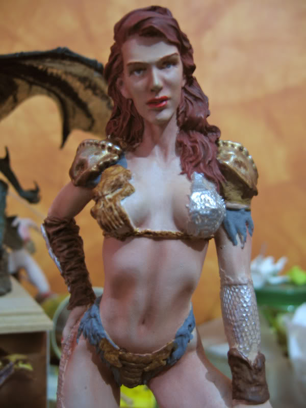 Busto y figura femenina IMG_0559