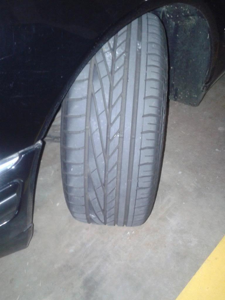 W210 - E420 Elegance 1997- 86500km - R$35.490,00 VENDIDA Pneu_zps2035c7c5