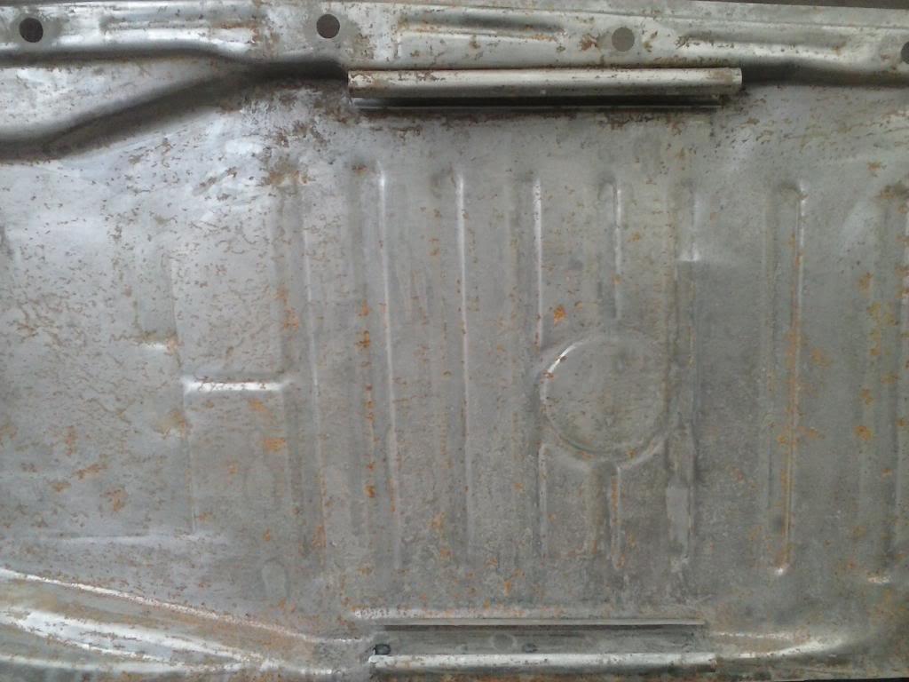 Les muestro mis avances con el interior y el piso de mi rata CAM00660_zpsbda9fad5