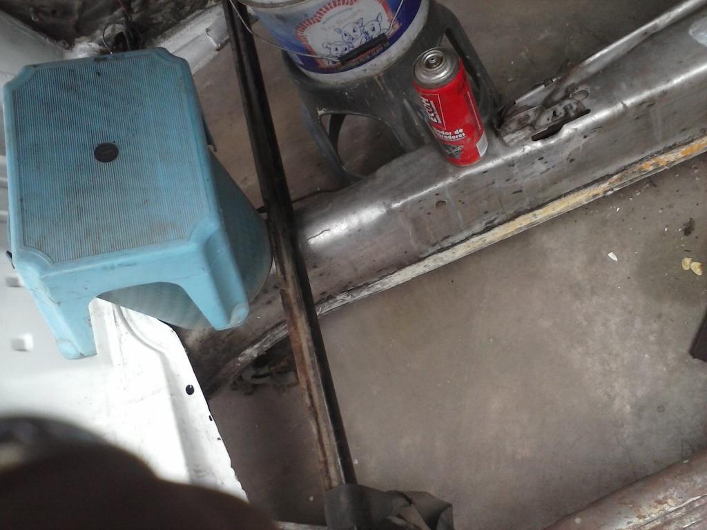 Les muestro mis avances con el interior y el piso de mi rata CAM00719_zps2c5f498a