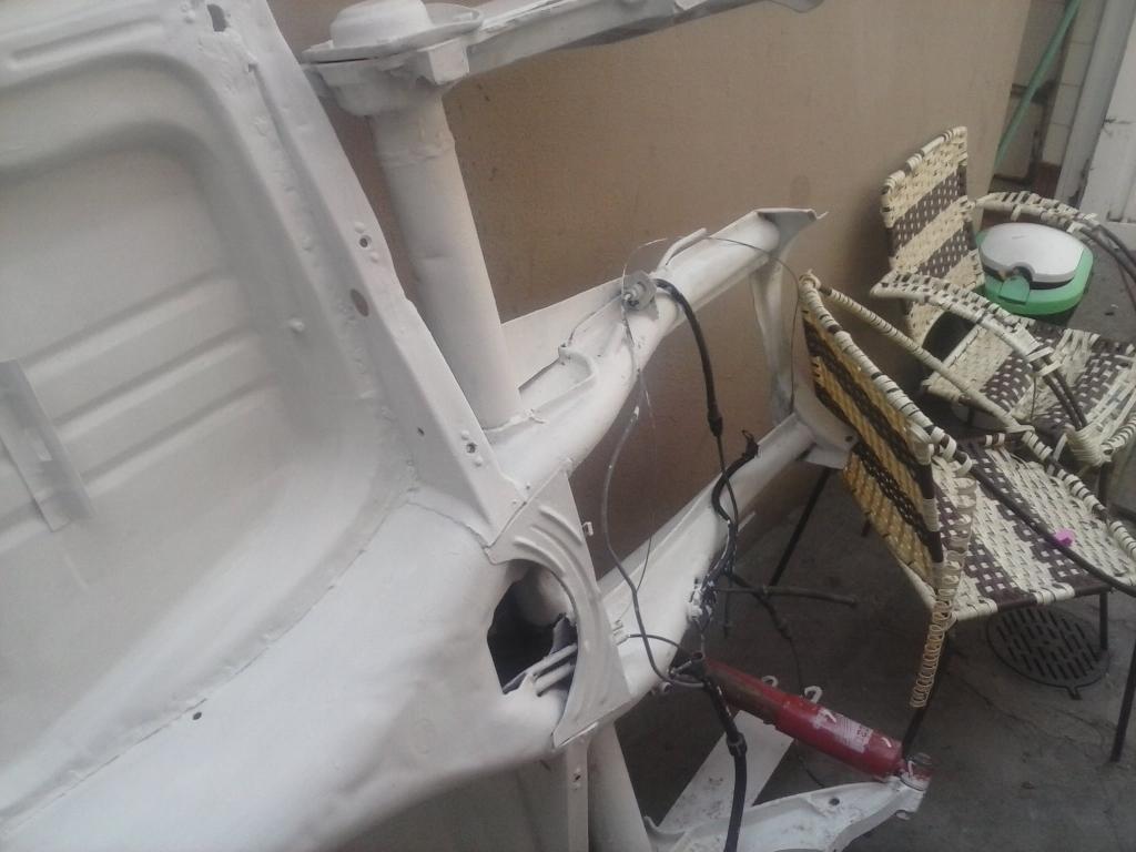 Les muestro mis avances con el interior y el piso de mi rata CAM01097_zps2bfbc3c6