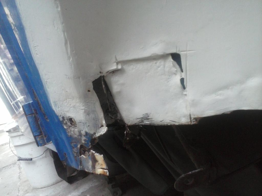 Les muestro mis avances con el interior y el piso de mi rata CAM01102_zpsb7639cb6