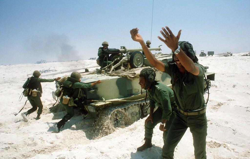 عائلة ال R.P.G المصرية - صفحة 3 Egyptian_Army_BTR-50_001_zps5072c9a0