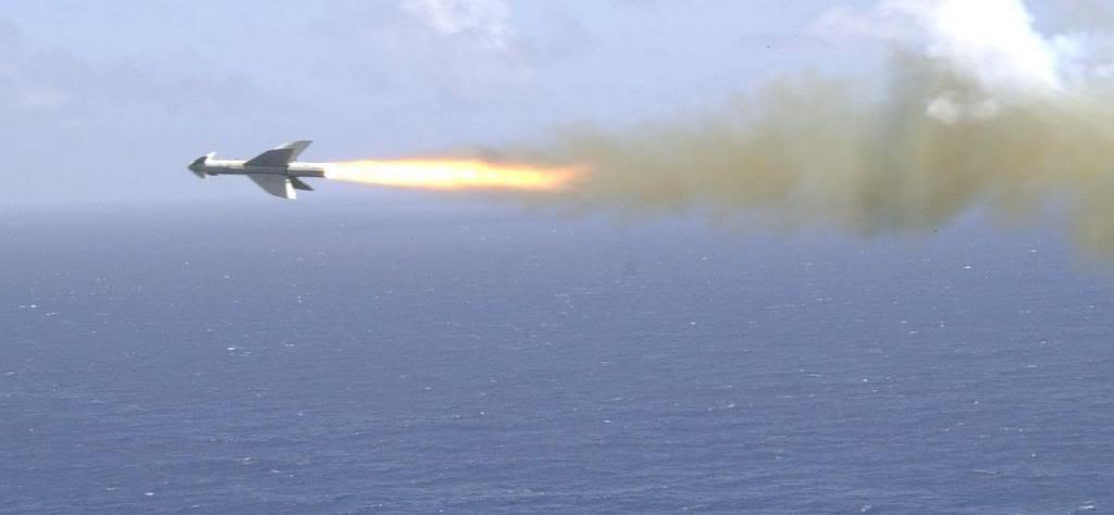 تكملة الصفقات التى لم يسلط عليها الضوء Ord_penguin_missile_from_sh-60b_lg_zps2a04adab