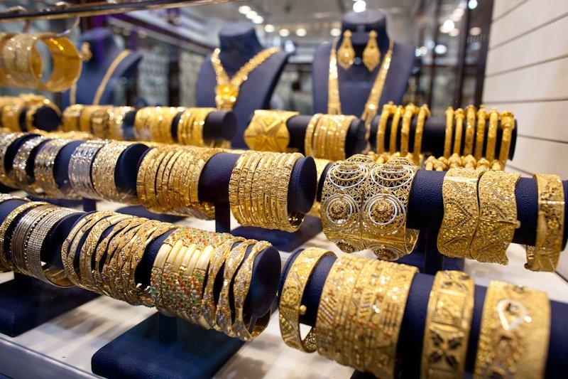 Volim zlatno - Page 5 Dubai-gold-souk-10_zps926710fa