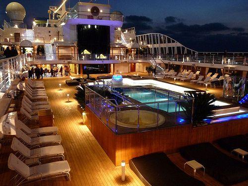 Bazeni - Page 6 Boat-cruise-expensive-fortune-lights-Favimcom-414515_zps234d7b15