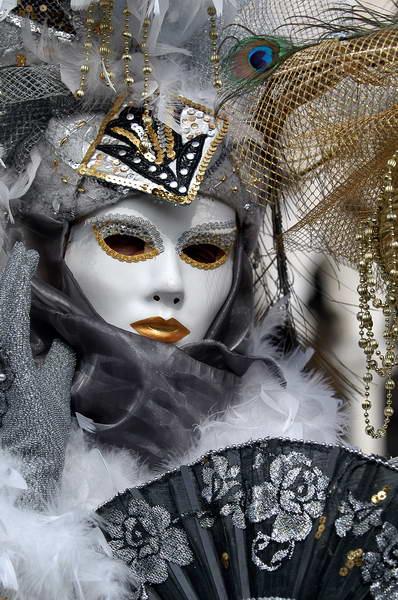 Maske - Page 3 266_zpsc04fa51e