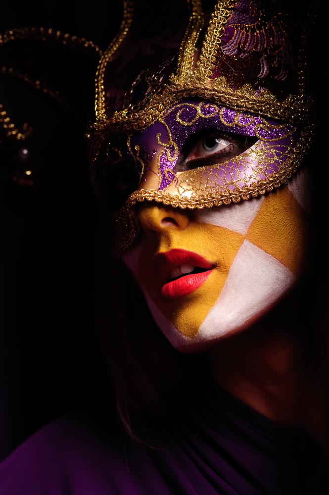 Maske - Page 5 Shutterstock_55202383_zps5cff6c58