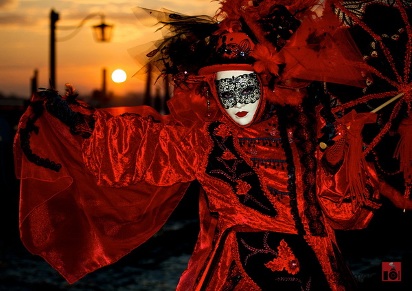 Maske - Page 4 Venice-129_zps4e395e9b