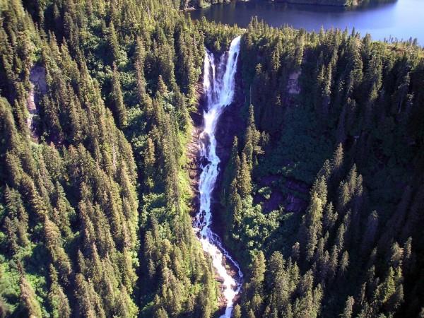 Vodopadi - Page 4 Goat-lake-falls-pitchfork-falls-600x450_zps2a6546d6