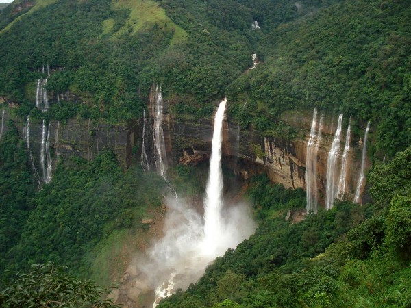 Vodopadi - Page 4 Nohkalikai-falls-600x450_zps03238dd6