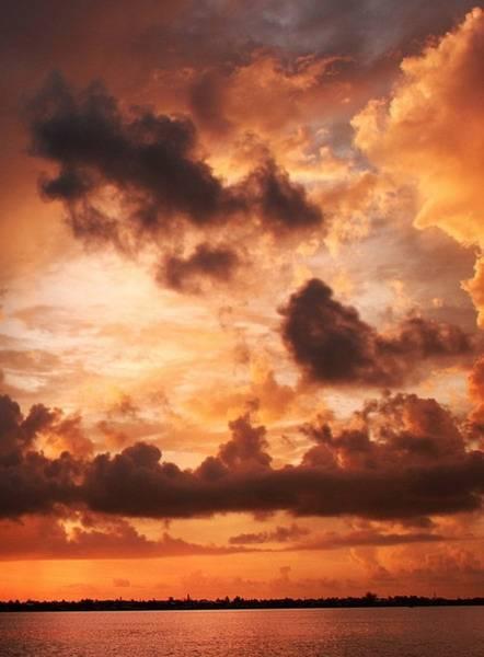 Nebo i oblaci - Page 3 Dvwxgdmaaed39it3qj_zpse3015b32