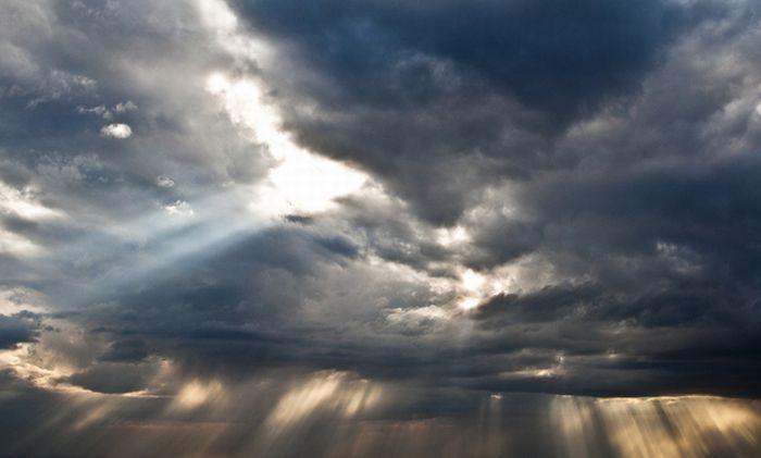Nebo i oblaci - Page 2 Sky-clouds-photos-01_zpsd347703f