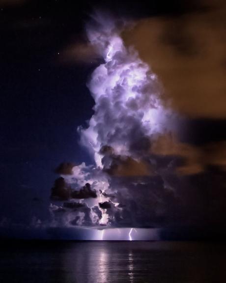 Nebo i oblaci - Page 4 Tumblr_mfk1l52il41r48jl6o1_500_zpsc3987ea5