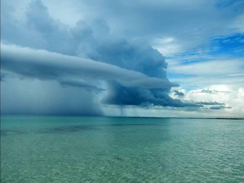 Nebo i oblaci - Page 4 Tumblr_mi87w690im1r48jl6o1_500_zps16c8908e