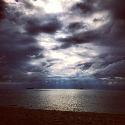 Nebo i oblaci - Page 4 Tumblr_mpd92zZR801r59kc6o1_500_zpscf926f66