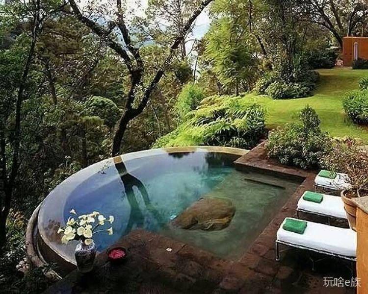 Bazeni Amazing-Infinity-Style-Pools_zpsdb0567e8