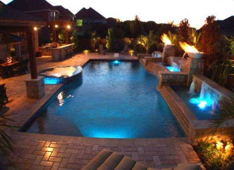 Bazeni Beautiful-Swimming-Pool-With-Beautiful-Lighting-Prepare-for-a-Summertime-Pool-Party_zpsd38bd012