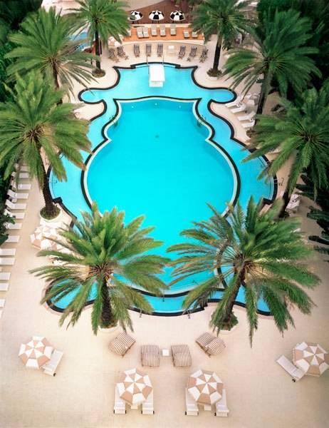 Bazeni - Page 2 Item3renditionslideshowWideVerticalbest-hotel-pools-04-miami_zps3f883eb0