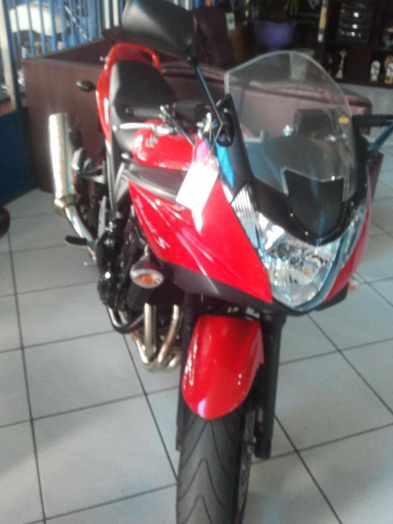 Apresentando a Bandida 650s 11 Vermelha 2013-02-15090438_zps4dd28190