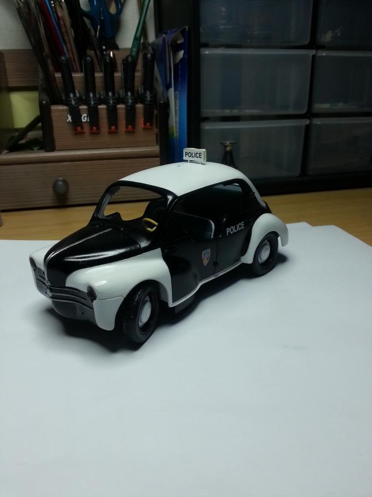 "Renault 4CV ""Pie"" 63_zps21ae657f"
