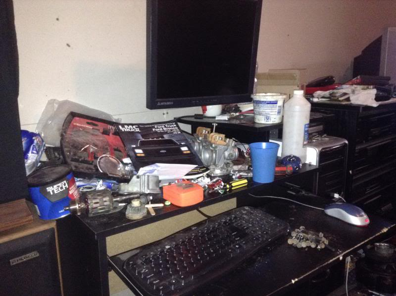 xxXMowerdudesXxx room, a real gearheads room IMG_21921_zps6110c003