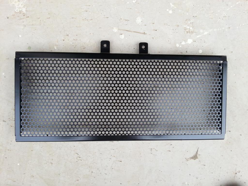 eu fiz um protetor de radiador p bandit (Fotos) 20130927_151000_zps91d5f007