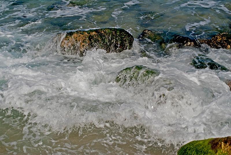 Rompiendo en la playa Rompiendoenlaplayared_zpsb7177a82