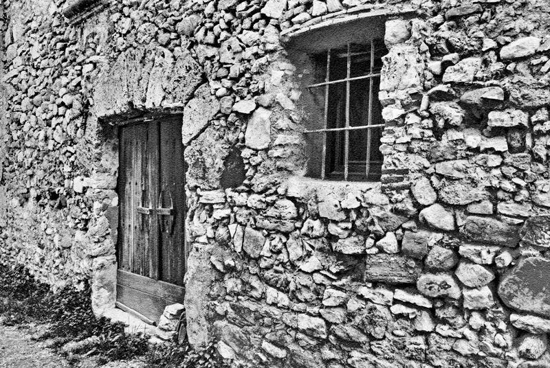 Una vieja fachada Unaviejafachada_zps5b4c3fa4