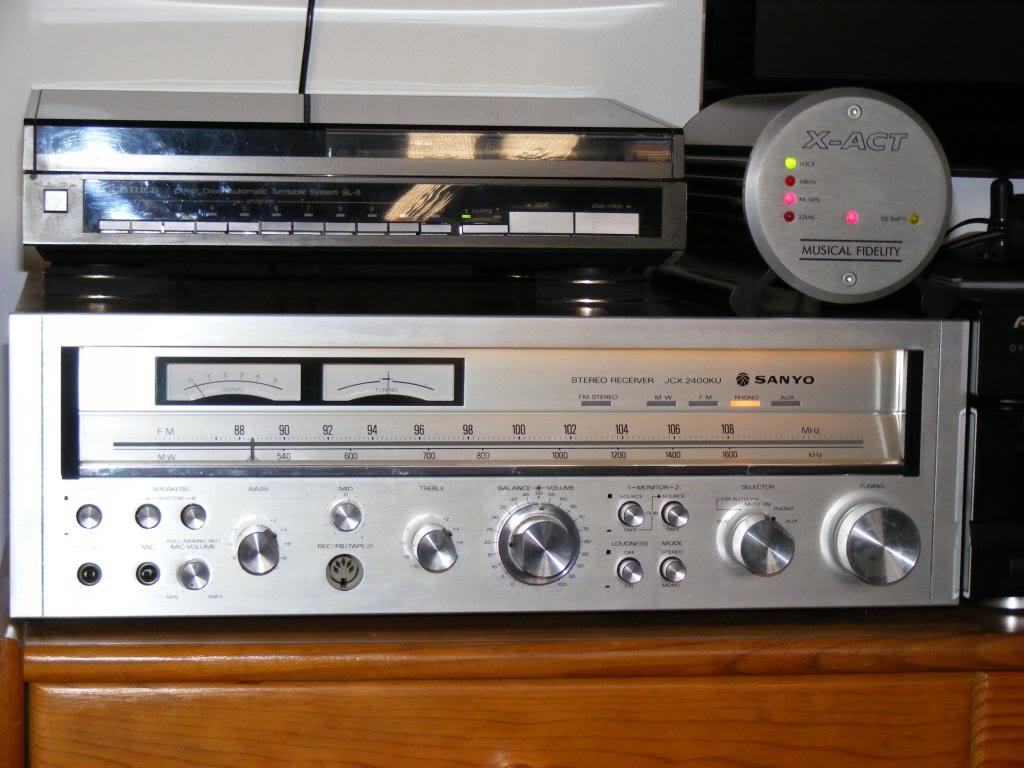 Technics SA 8500 X   VS   Yamaha CR 1020       Receiver DSCF1435_zps1853bb2a
