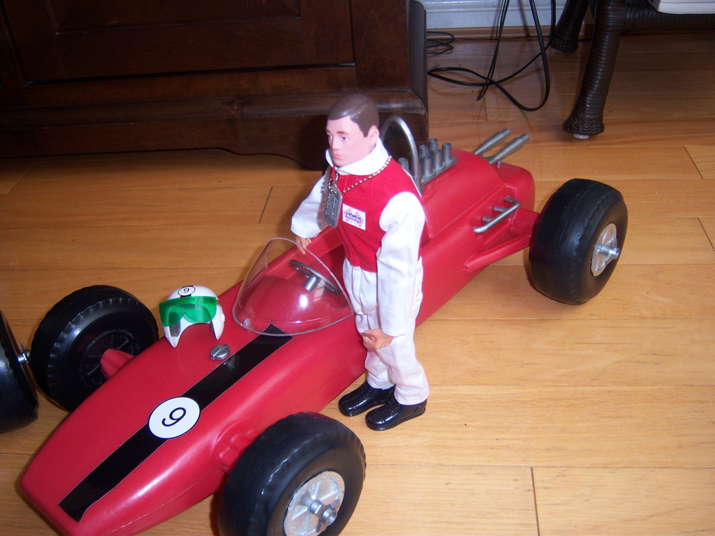 Racing Cars 100_7239_zps0vlael8d