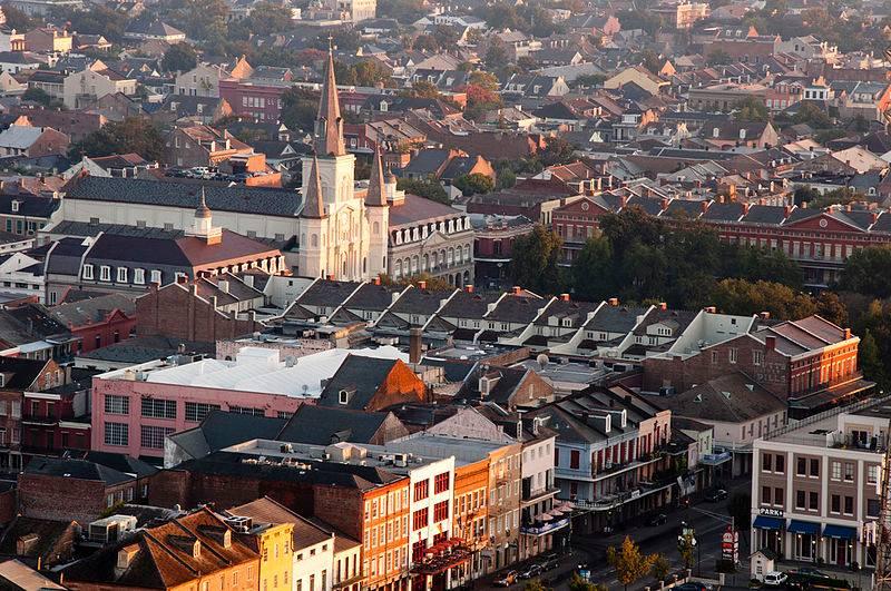 New Orleans (Sophie Lebowski) 800px-Vxla-us-la-neworleans-frenchquarter-park-jacksonsquare_zpsb7634c62