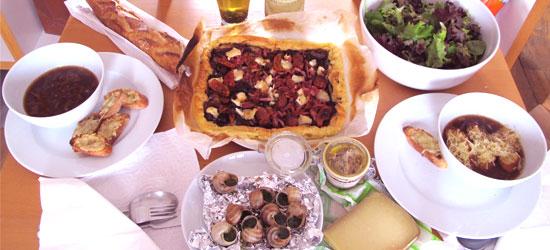 [ROS2013] Nhóm 15 - Một vòng ẩm thực Pháp  Dinner_zpsbd3b2e15