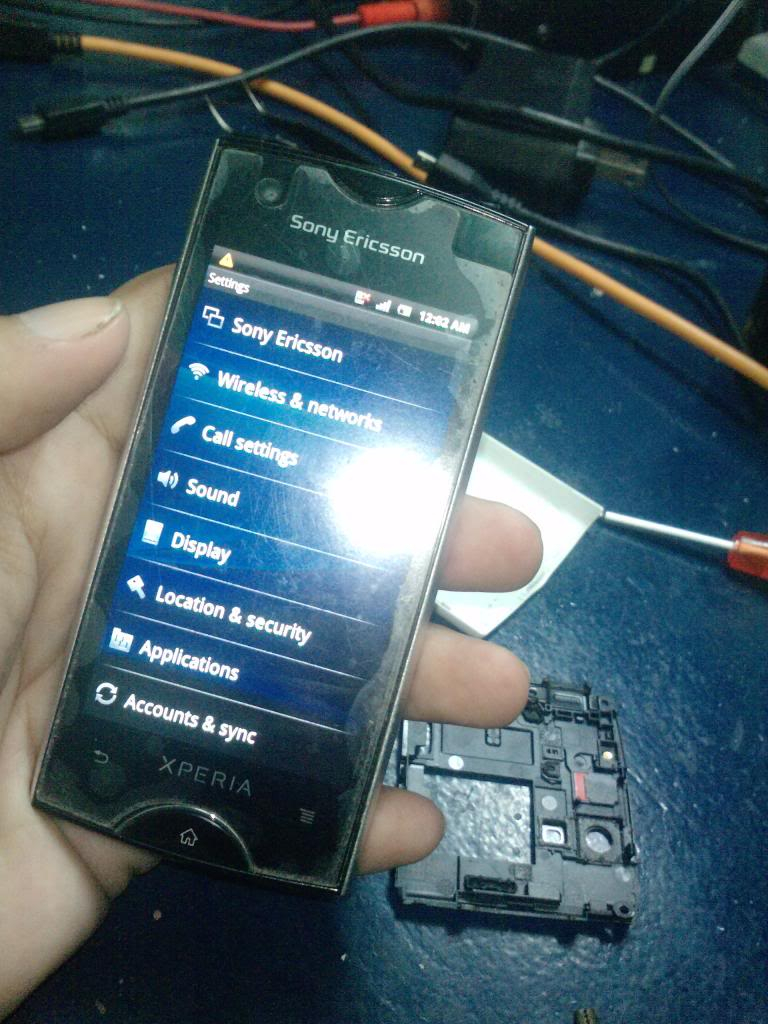 Sony Ericsson ST18i No Lights /No Display Solution Here 100% Tested P104101_26-09-13_zps3064bd49