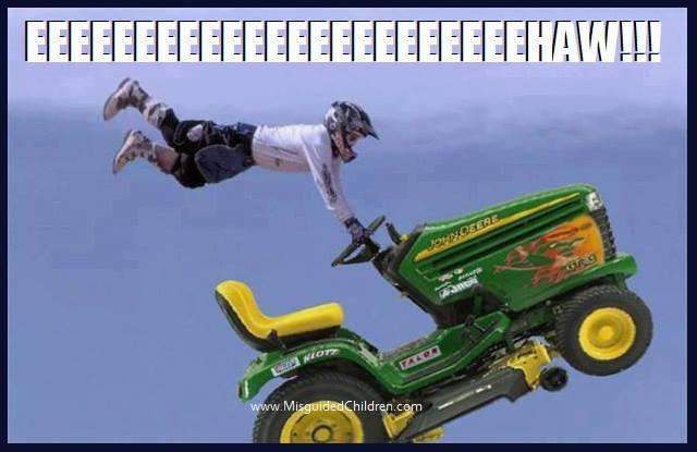 Tractor meme's! 1004511_560191930704961_191464746_n_zps0189f4af