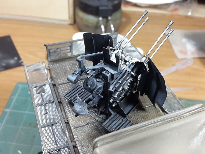 SD.kfz 7/1 8 ton Semitrack con 20 mm Flakvierling. - Página 2 20141020_195016_zps84b1ac9b