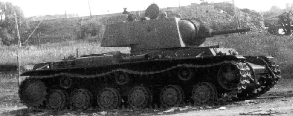 KV-1 1940 1/35 Trumpeter (Dedicado al amigo Garriwi). 1939KV1_zpsc0c0ea53