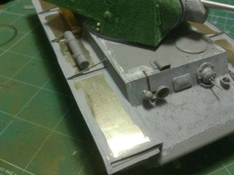 KV-1 1940 1/35 Trumpeter (Dedicado al amigo Garriwi). - Página 2 IMG-20130510-WA0025_zpsf0c352e6