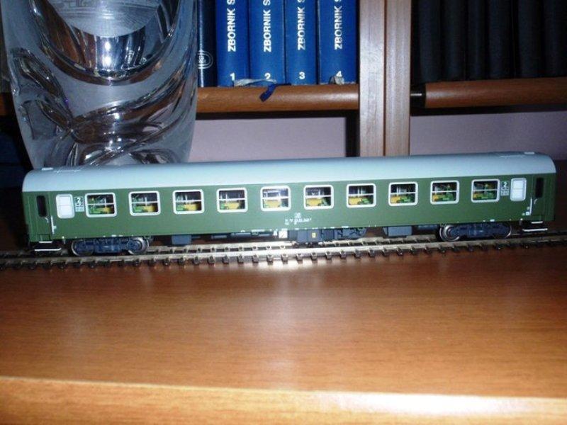 Za prijatelje željeznice i željezničke modelare 10J17D0Bl_zps29970f45