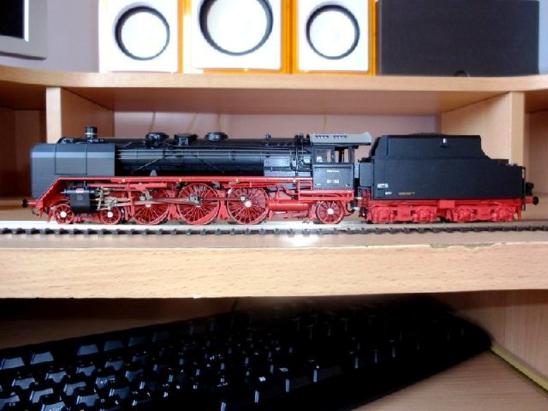Za prijatelje željeznice i željezničke modelare - Page 2 4DB01_zpsc9eef1cc