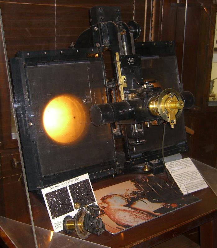 Astronomija i astronautika Lowell_blink_comparator_zps20c7a653