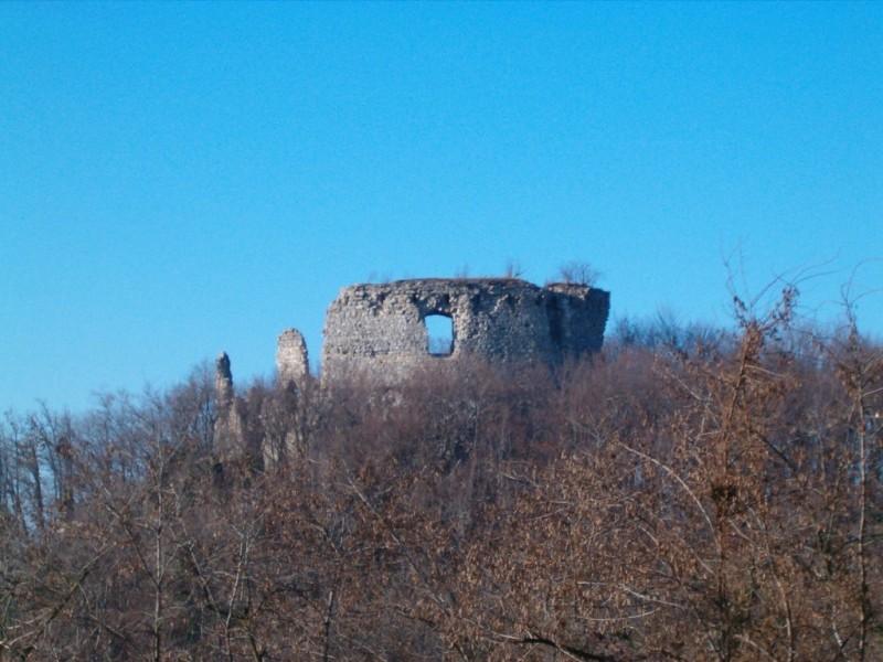 Stare vojne fortifikacije u mom kraju 2Ostaciglavneobrambenekule_zps2b462ab4