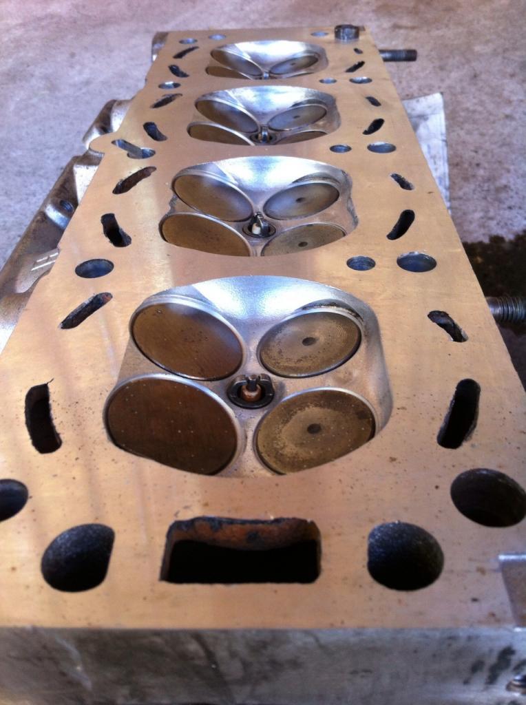 ajuste de motor y cambio de transmision por los mejores RISES AUTOMOTIVE Culata7_zps7e34f6eb