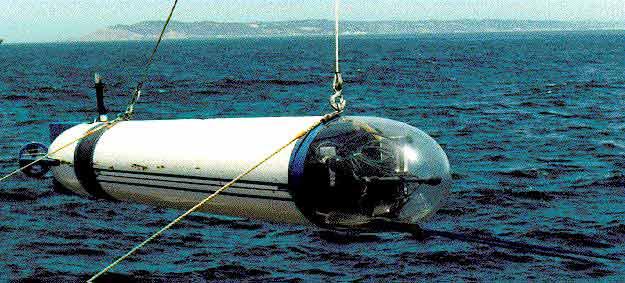 AUV´s- Vehiculos submarinos autonomos y su tecnologia Blueveh2ruso_zpsc9a2e2ef