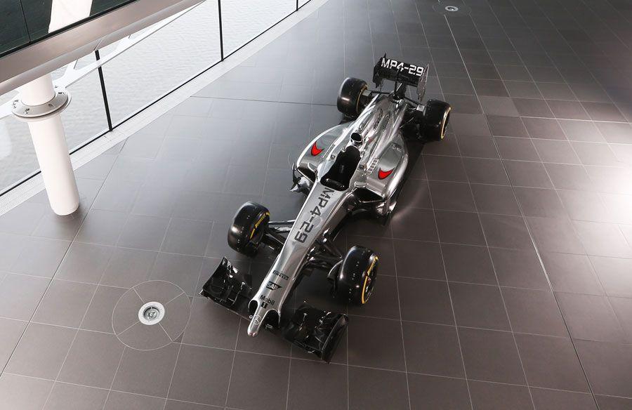 Les nouvelles F1 2014 ! 22535_zps33995978