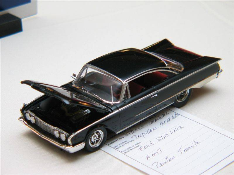 Ford Starliner IMG_4422_zps29910e7d