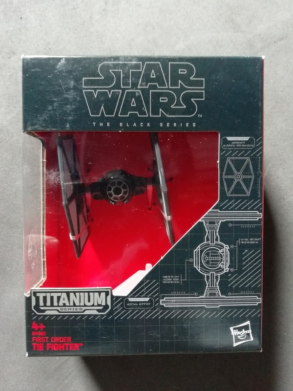 FOR SALE: Various figures and AT-AT Standee (signed by Julian Glover) IMG_20180508_105257_zpsqjad9cqg