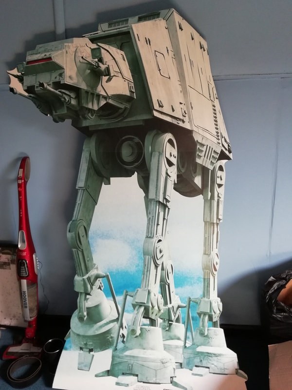 FOR SALE: Various figures and AT-AT Standee (signed by Julian Glover) IMG_20180508_110024_zpscgud4brq