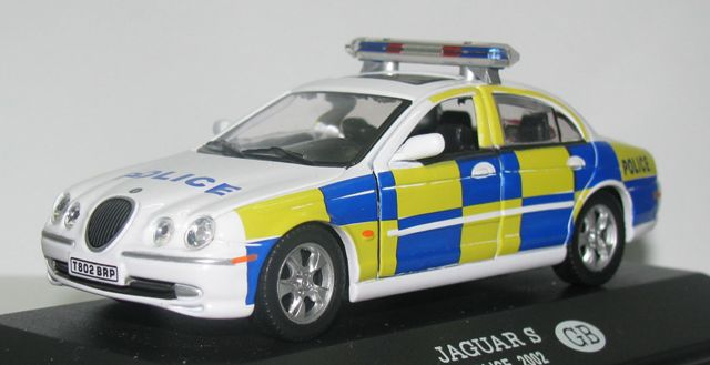 United Kingdom - Police Nsn083-1_zpsce0a9e69